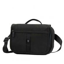 Сумка наплечная VICTORINOX Commuter Pack горизонтальная цвет черный 50616