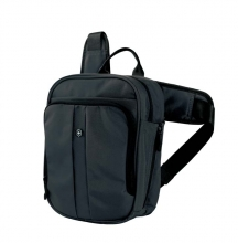 Сумка VICTORINOX Deluxe Travel Companion, с наплечными ремнями, цвет черный 50588
